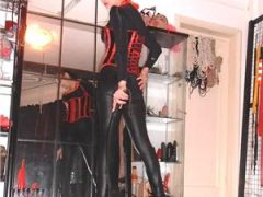 Domina_Mara…STUDIO BDSM BUCURESTI